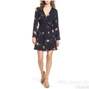 Nordstrom Lush Navy Floral Elly Wrap Dress Sz M